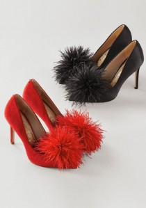 wedding photo - Haide Feather Pompom Pump