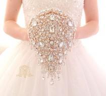 wedding photo - Luxury teardrop jeweled rose gold crystal brooch bouquet by MemoryWedding. Wedding glamour Gatsby crystal bling cascading.