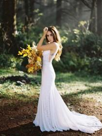 wedding photo - We're Still Not Over These Gorgeous Boho-Inspired Gowns