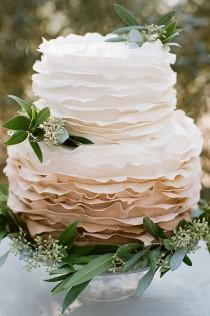 wedding photo - 70-rustic-wedding-cake-ideas-11