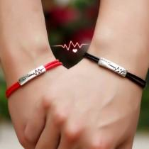 wedding photo - 赤い糸・黒い糸 ペアブレスレット刻印 人気 ペア ブレスレット シルバー メンズ ブレスレット 彼氏 彼女 誕生日 磁石