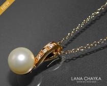 wedding photo - Pearl Gold Bridal Necklace Wedding Pearl Necvklace Single Pearl Vermeil Gold Necklace Swarovski 8mm Ivory Pearl Necklace Bridal Jewelry - $23.00 USD