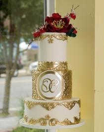 wedding photo - Gold Accented Cake
