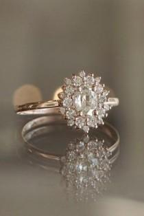 wedding photo - 5 Must-Read Reasons Why A Halo Engagement Ring Deserves To Be On Your Wish List