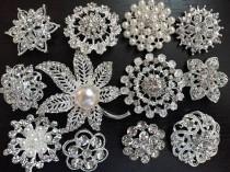 wedding photo - SALE 12 pcs vintage style wholesale lot rhinestone crystal button brooch bridal wedding bouquet decoration DIY kit BR666