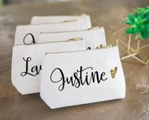 wedding photo - 14 Gorgeous Bridal Clutches