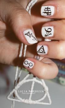 wedding photo - 15 Magic Harry Potter Nail Designs