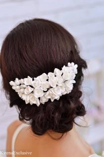 wedding photo - White flower hair comb Wedding hair comb Floral hair comb Flower hair clip Wedding hairpiece Flower headpiece Bridal hair piece Flower comb