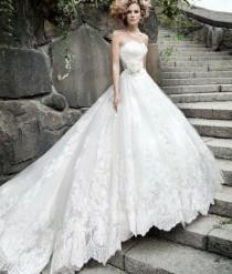 2015 Full Lace Applique A Line Wedding Dresses Strapless Princess Styles Bridal Gowns Luxury White Custom Made Plus Size HC03
