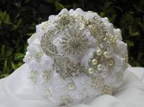 wedding photo - White Brooch Bouquet