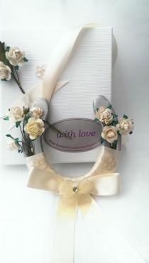 wedding photo - Ivory Wedding Horseshoes