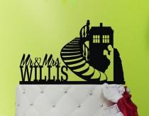 wedding photo - Wedding Cake Topper TARDIS - TARDIS  cake topper  - Doctor Who Wedding - Doctor Who Cake Topper M1-01-007