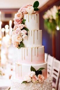 wedding photo - 36 Yummy And Trendy Drip Wedding Cakes