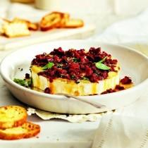 wedding photo - Baked Brie With Sun-dried Tomatoes And Basil