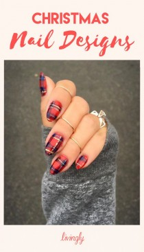 wedding photo - Get Festive With These Christmas Nail Designs