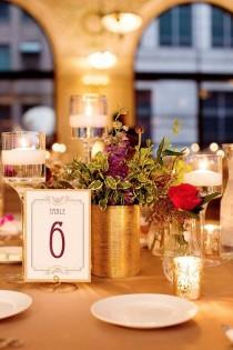 wedding photo - Set of 25- Wedding round shaped table number holders