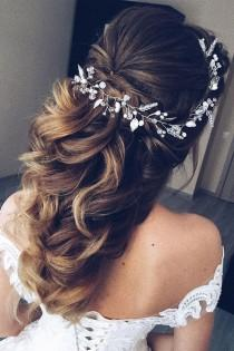 wedding photo - This Gorgeous Wedding Hair Half Up Half Down Hairstyle Idea Will Inspire You