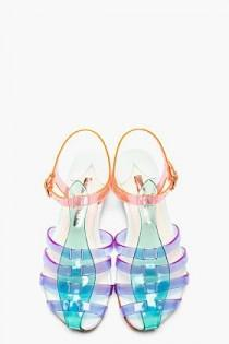 wedding photo - Clearly Obsessed: Translucent Shoes For Spring