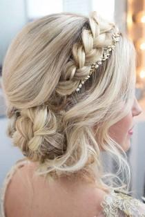 wedding photo - 21 Exquisite Updos For Long Hair To Admire