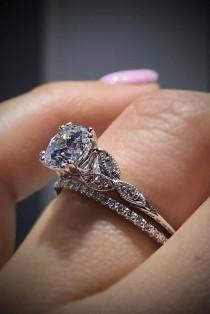 wedding photo - Vintage Wedding And Engagement Rings