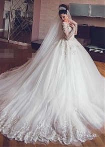 wedding photo - Stunning Brides