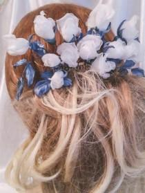 wedding photo - Roses hair pins Wedding silk flowers Wedding Hair comb white flower for bride wreath white roses beautiful wedding dress Bridal jewelry