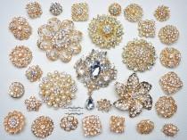 wedding photo - 30 Gold Rhinestone Brooch Lot Assorted Wedding Bouquet Brooch Pearl Crystal Wholesale Mixed Button Pin Bridal Cake Sash Embellishment DIY
