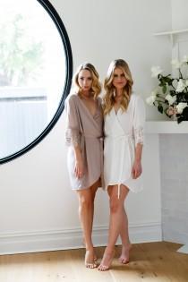 wedding photo - Silk Bridal Robe // Bridesmaid Robes // Robe // Bridal Robe // Bride Robe // Bridal Party Robes // Bridesmaid Gifts / Silk
