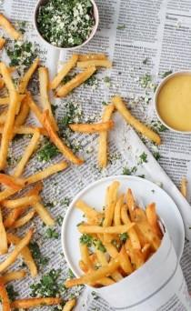 wedding photo - Fry Away With Me: Lemon And Herb Summer Seasoning For French Fries