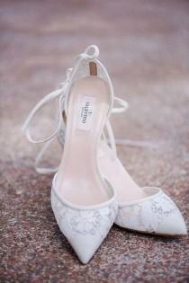 wedding photo - Top 10 Fabulous Wedding Shoes For 2016