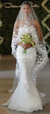 wedding photo - Angle Cut Tulle Cathedral Veil With Floral Appliques & Scalloped Lace