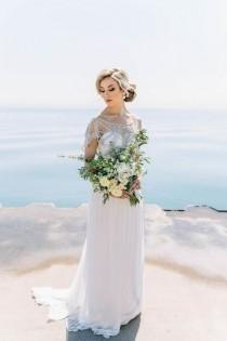 wedding photo - Styled Shoot: Intimate Lakefront Wedding