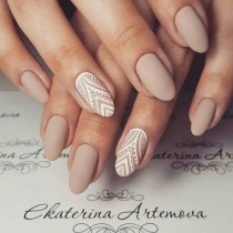 wedding photo - 65 Most Eye Catching Beautiful Nail Art Ideas