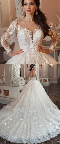 wedding photo - Marvelous Lace & Tulle Scoop Neckline Ball Gown Wedding Dress With Lace Appliques & Beadings