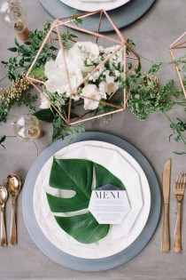 wedding photo - 29 Stylish Table Settings To Copy This Summer