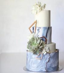 wedding photo - Cake N Cupcakes