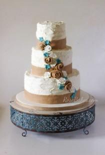 wedding photo - What I Did Last Week... Cupcakes, Cookies & 6 Cakes!