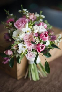 wedding photo - The Sweetest Springtime Bouquets