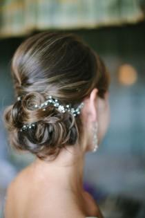 wedding photo - We Can't Stop Staring At These Brilliant Wedding Hairstyles