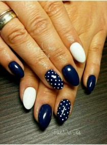wedding photo - 55 Truly Inspiring Easy Dotted Nail Art Designs For Everyday Fashion