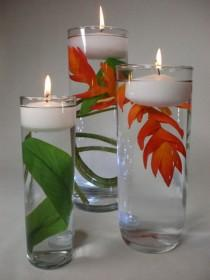 wedding photo - Floating Flowers And Candles Centerpieces