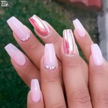 wedding photo - 30 Stunning And Amazing Pink Acrylic Nails