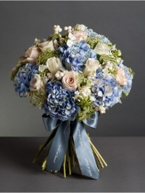 wedding photo - Cloudy Skies Bouquet