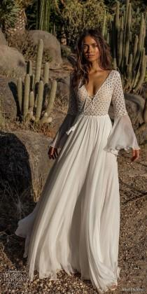 wedding photo - 56 Adorable Bohemian Wedding Dress Ideas To Makes You Look Stunning