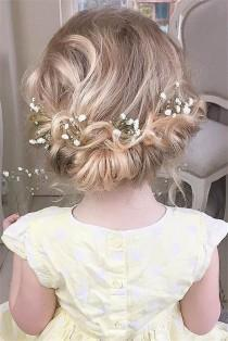 wedding photo - 22 Adorable Flower Girl Hairstyles To Get Inspired