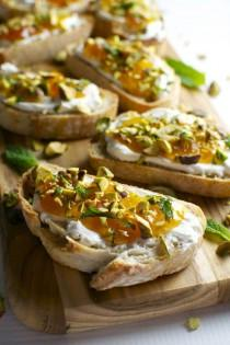 wedding photo - Goat Cheese And Apricot Crostini With Pistachios And Mint