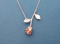 wedding photo - Beautiful, Rose Gold, Rose, Necklace, Flower, Necklace, Birthday, Best Friends, Sister, Gift, Jewelry