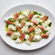 wedding photo - Fig Caprese Salad