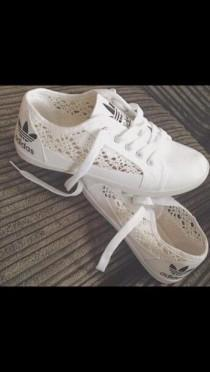 wedding photo - Ladies Girls Flat Lace Up Side Crochet Canvas Pumps Trainers Shoes Sizes 3-8