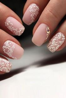 wedding photo - 30 Perfect Pink And White Nails For Brides